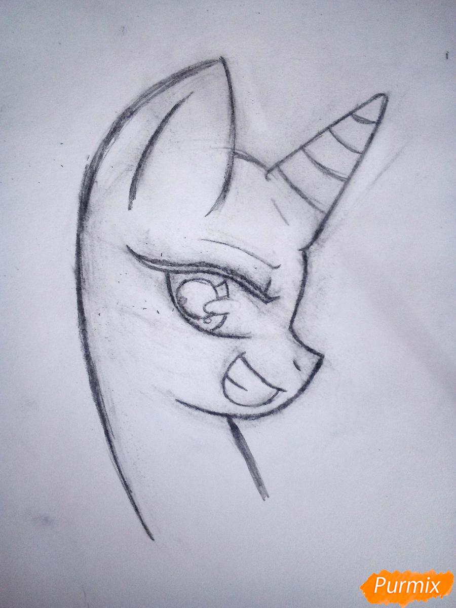 Рисуем пони Винил с наушниками - шаг 2