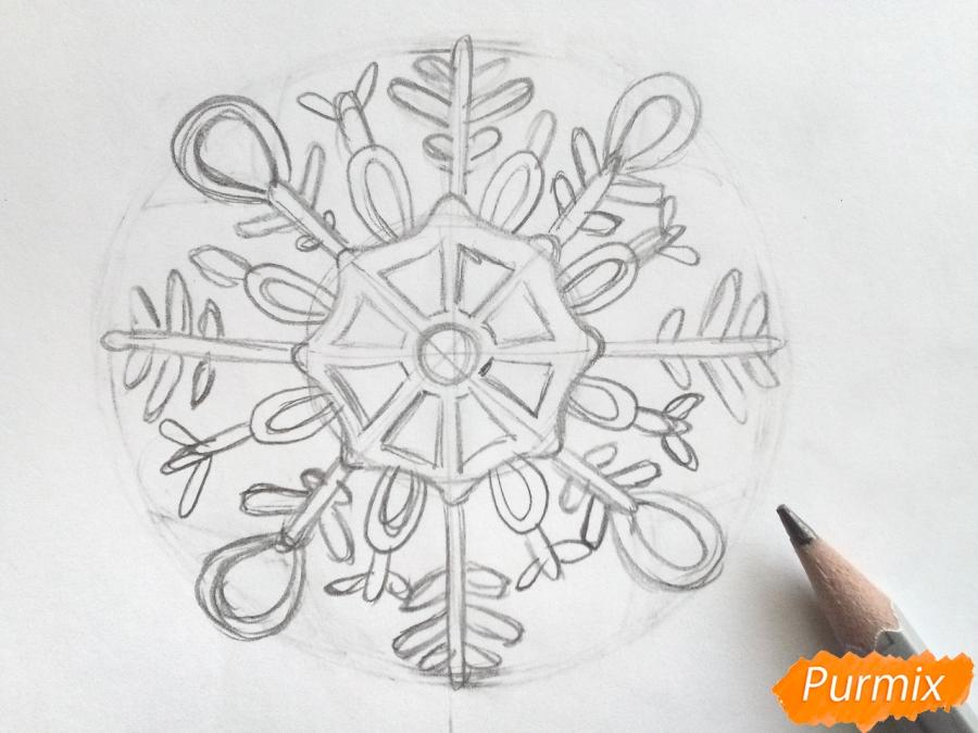 Рисуем большую снежинку - шаг 4