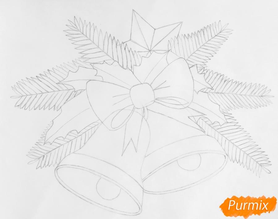 Рисуем два новогодних колокольчика с бантиком и звёздочкой - шаг 5
