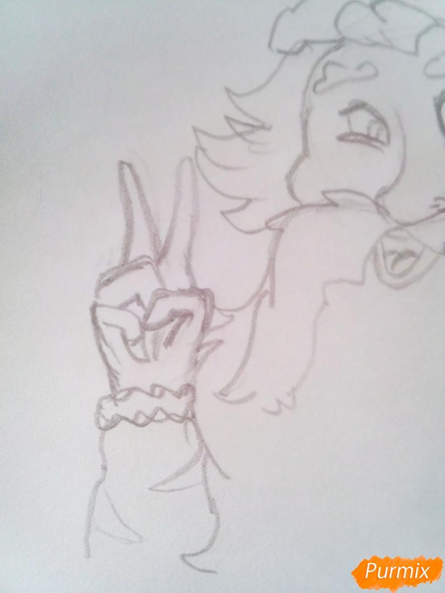 Рисуем голову Деда Мороза с пышной бородой на Новый Год - шаг 5