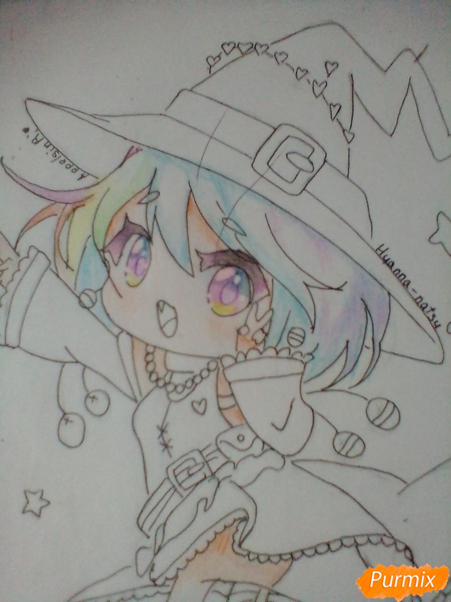 Рисуем и раскрасить Ведьму на Хеллоуин в стиле чиби - шаг 13