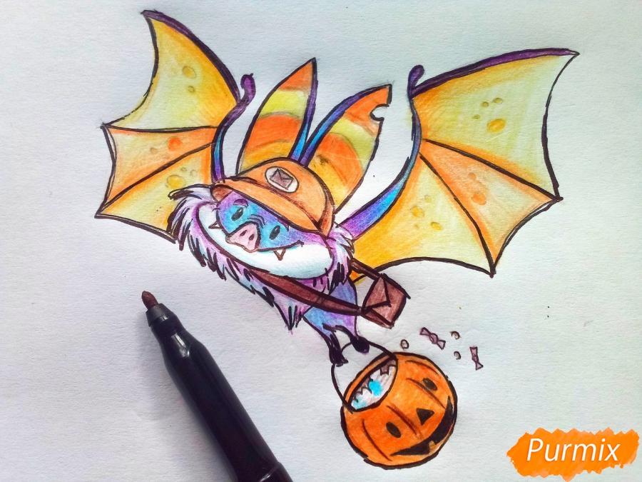 Рисуем летучую мышь с тыквой на Хэллоуин цветными карандашами - шаг 10