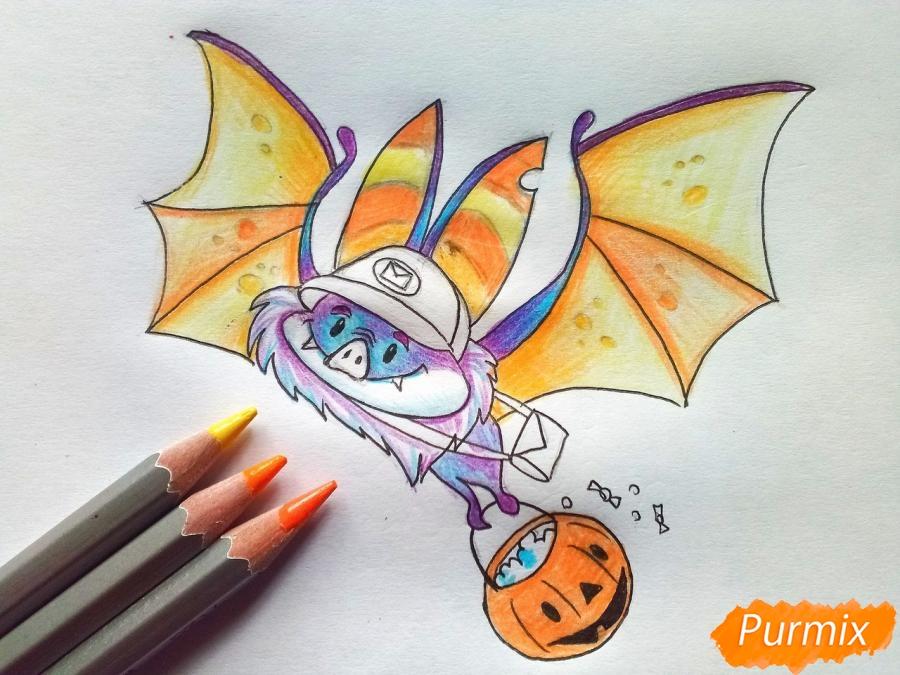 Рисуем летучую мышь с тыквой на Хэллоуин цветными карандашами - шаг 8