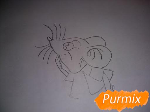 Рисуем мышь в красной кофте символ Нового Года - шаг 3