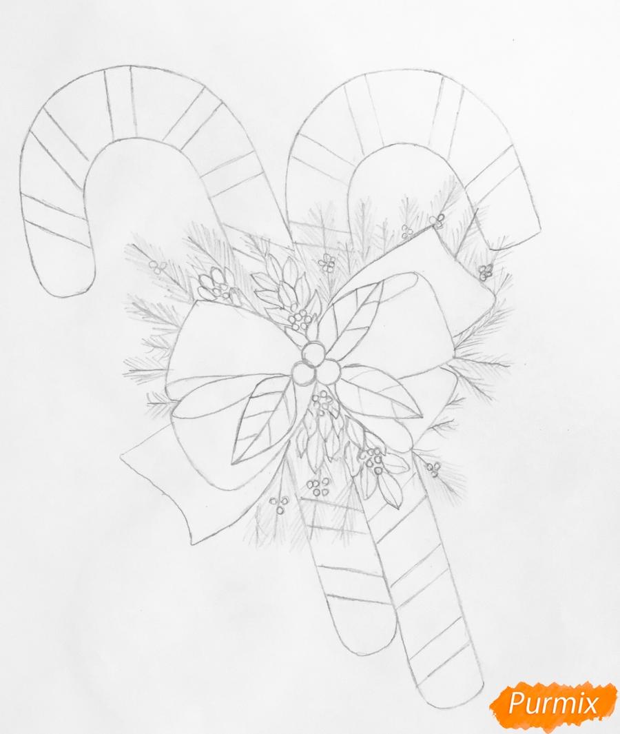 Рисуем новогодние леденцы с веточками ёлочки - шаг 5