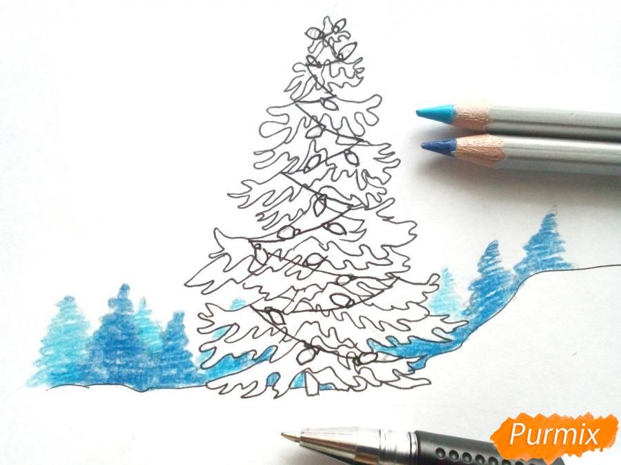 Рисуем новогоднюю елку с гирляндами - шаг 5