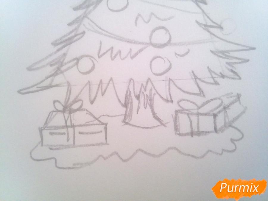 Рисуем новогоднюю ёлку с подарками - шаг 4