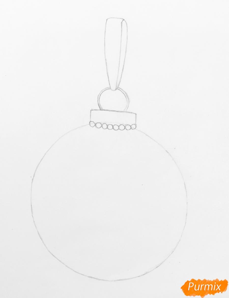 Рисуем синюю новогоднюю игрушку с синим бантиком и снежинками - шаг 2