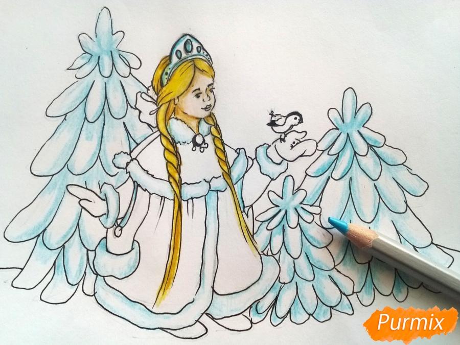 Рисуем Снегурочку с елкой - шаг 7