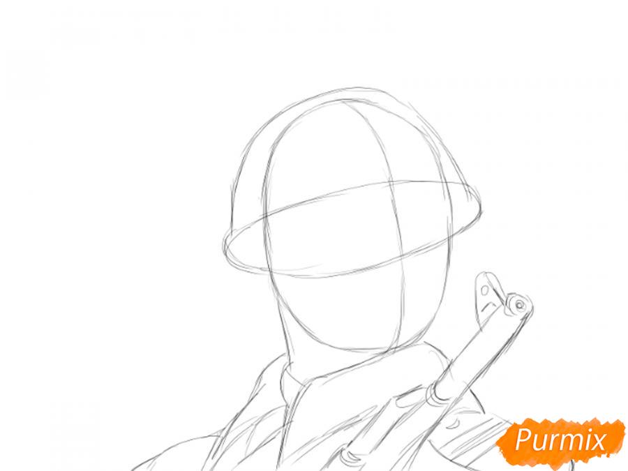 Рисуем солдата на День Победы карандашами - шаг 3
