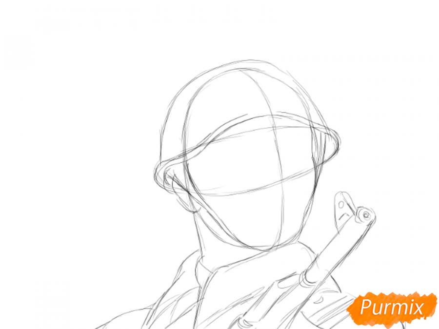 Рисуем солдата на День Победы карандашами - шаг 4