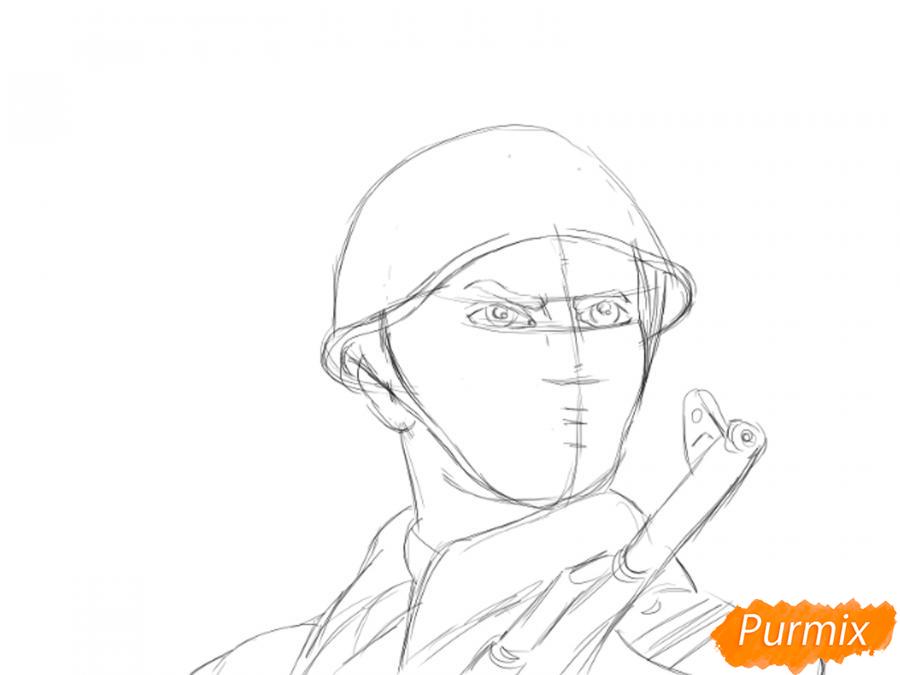 Рисуем солдата на День Победы карандашами - шаг 6