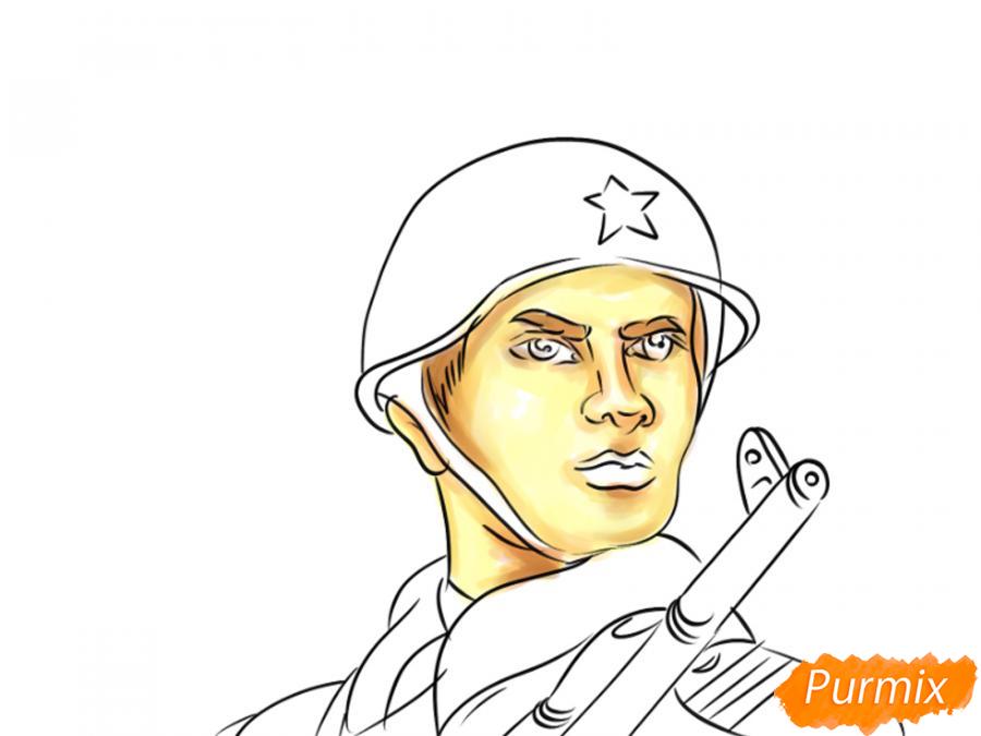Рисуем солдата на День Победы карандашами - шаг 9