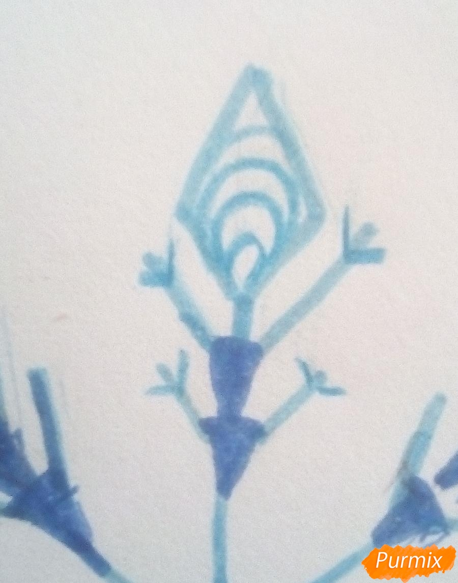 Как просто нарисовать снежинку цветными карандашами - шаг 6