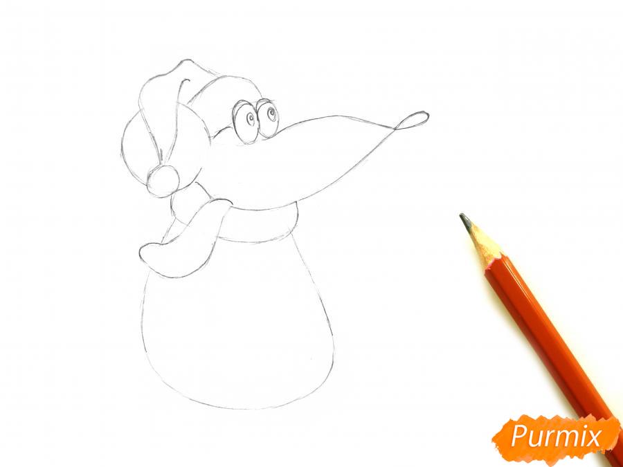 Рисуем крысу с елочным шариком и шапкой-колпаком - шаг 3