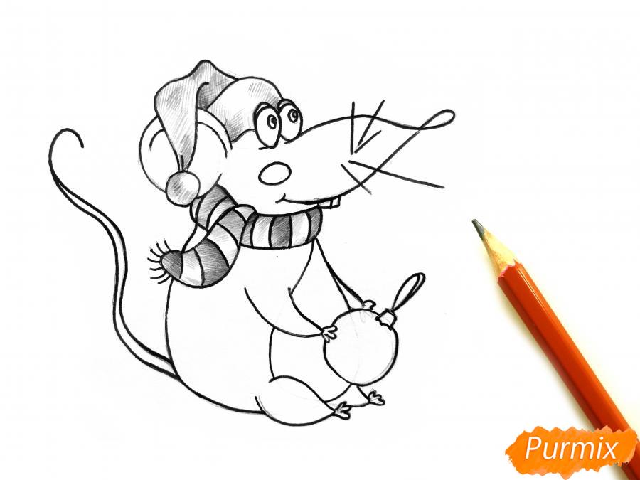 Рисуем крысу с елочным шариком и шапкой-колпаком - шаг 7