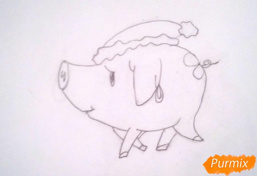 Рисуем милую свинку в новогодней шапочке символ нового 2019 года - шаг 4
