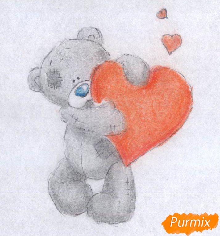Рисуем мишку с сердечком карандашами - шаг 3