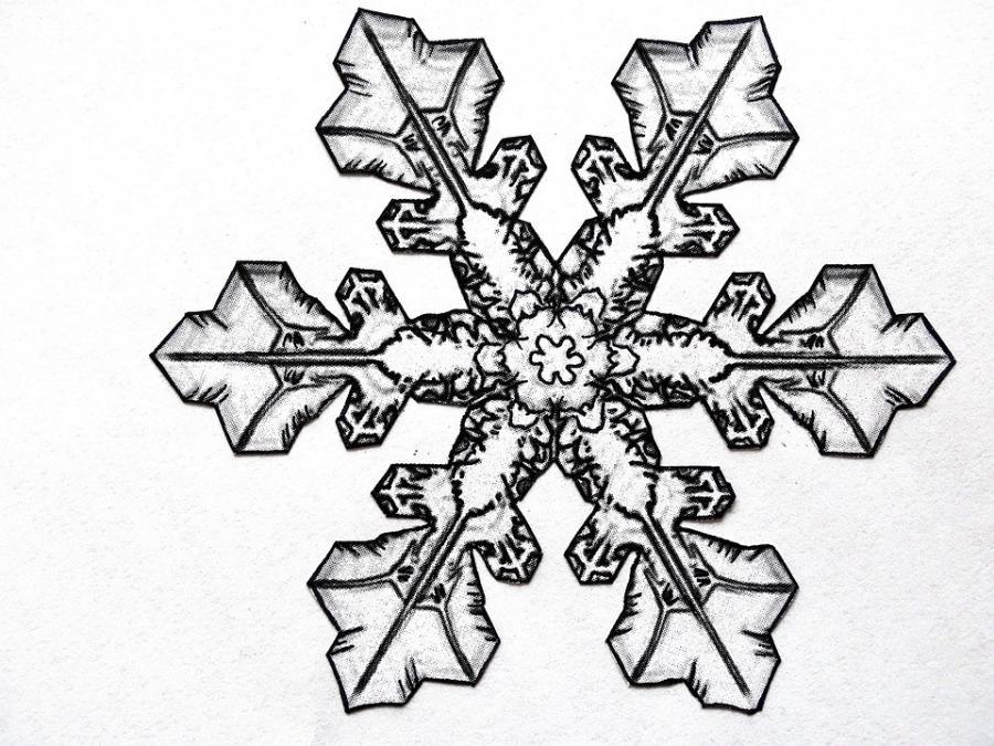 Рисунки снежинок для срисовки - шаг 3