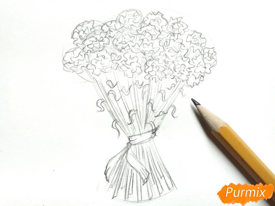 Рисуем букет гвоздик карандашами или акварелью - шаг 4