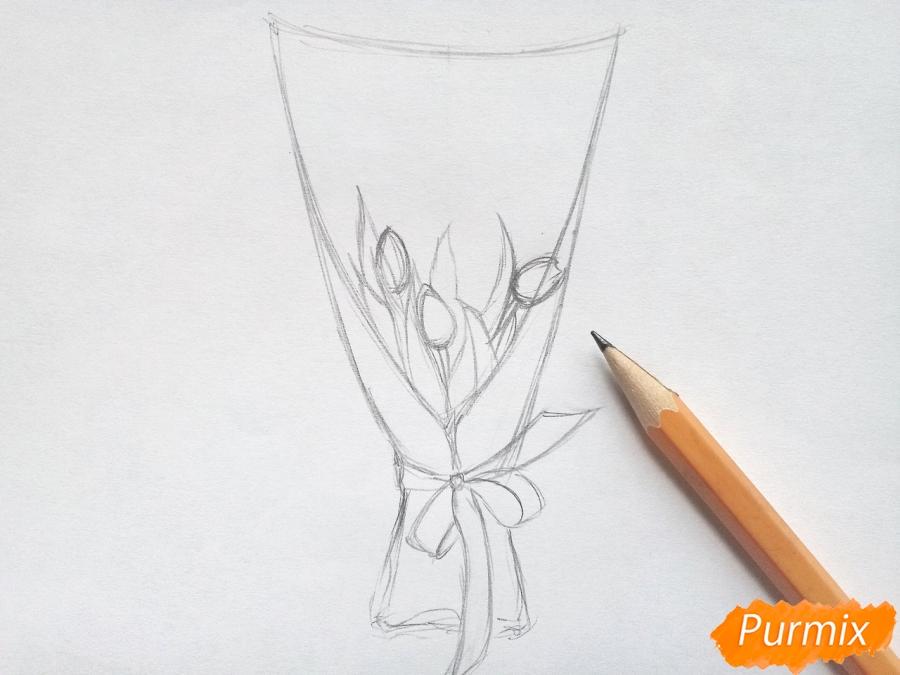 Рисуем букет тюльпанов цветными карандашами - шаг 3