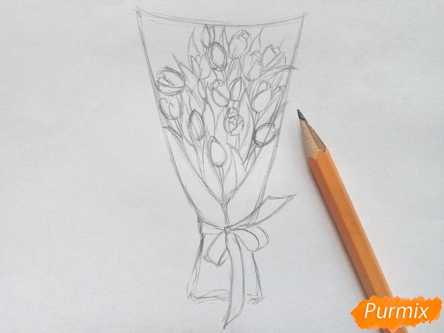 Рисуем букет тюльпанов цветными карандашами - шаг 4