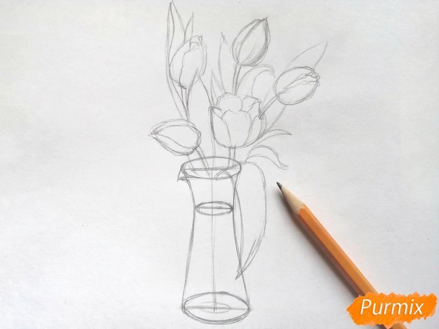 Рисуем тюльпаны в вазе - шаг 4