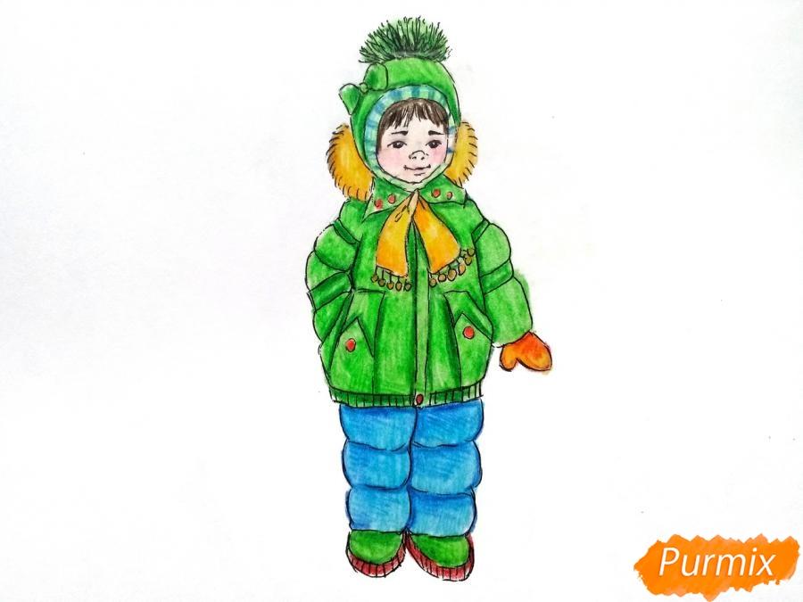 Рисуем девочку в зимней одежде карандашами - шаг 11