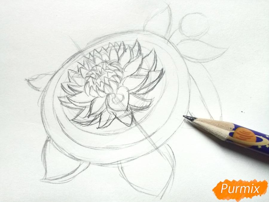 Рисуем цветок георгин - шаг 3
