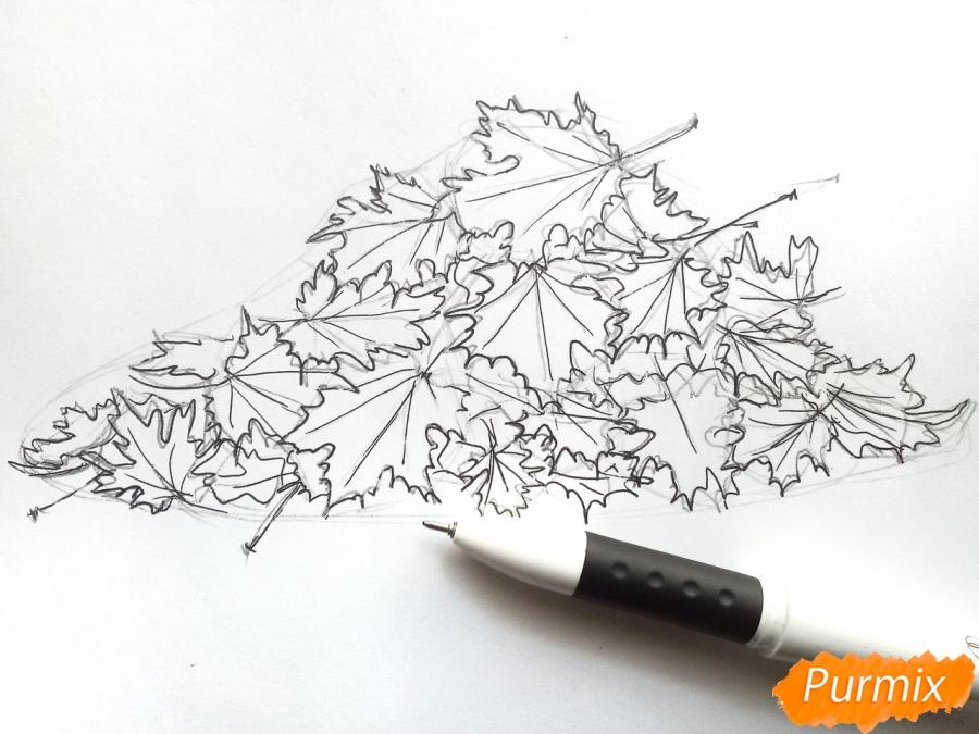 Рисуем опавшие осенние листья цветными карандашами - шаг 4
