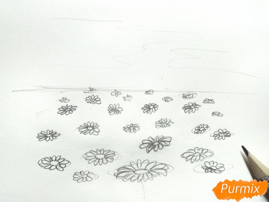 Рисуем поле ромашек карандашами - шаг 2