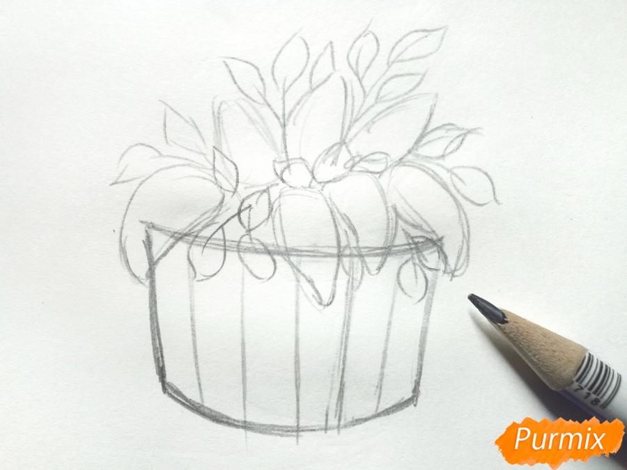 Рисуем сирень в корзине цветными карандашами - шаг 3