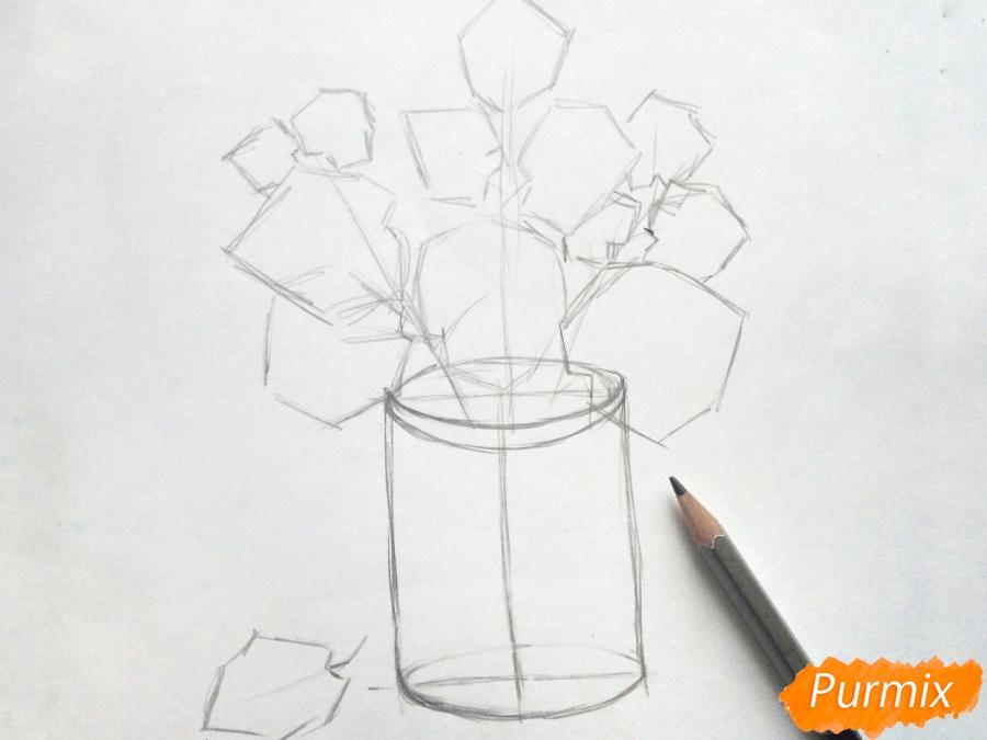Рисуем вазу с осенними листьями - шаг 3