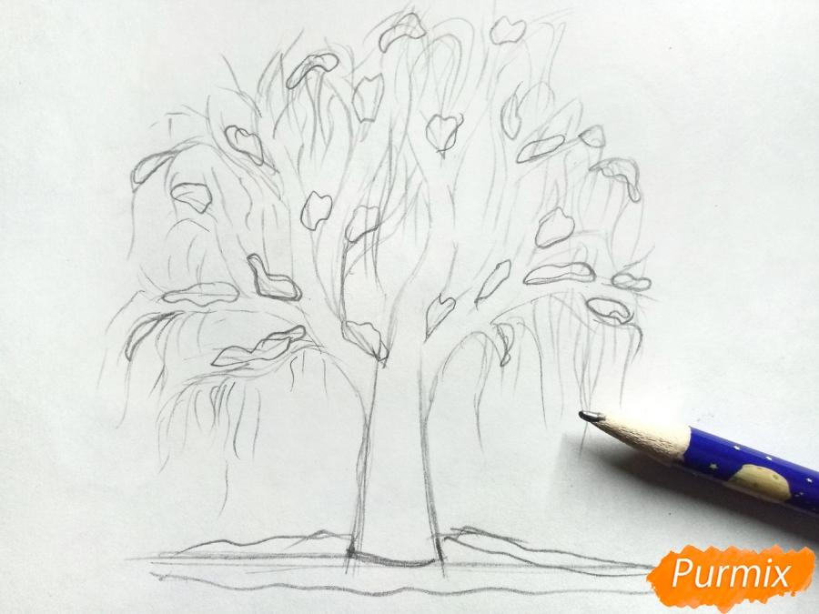 Рисуем зимнее дерево карандашами - шаг 4