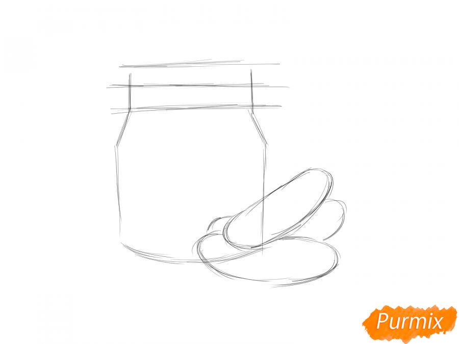 Рисуем банку с огурцами - шаг 2