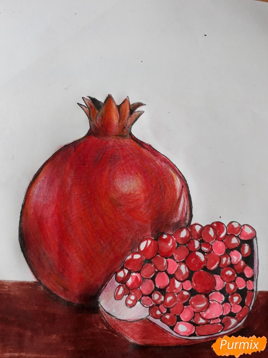 Рисуем гранат карандашами - шаг 5