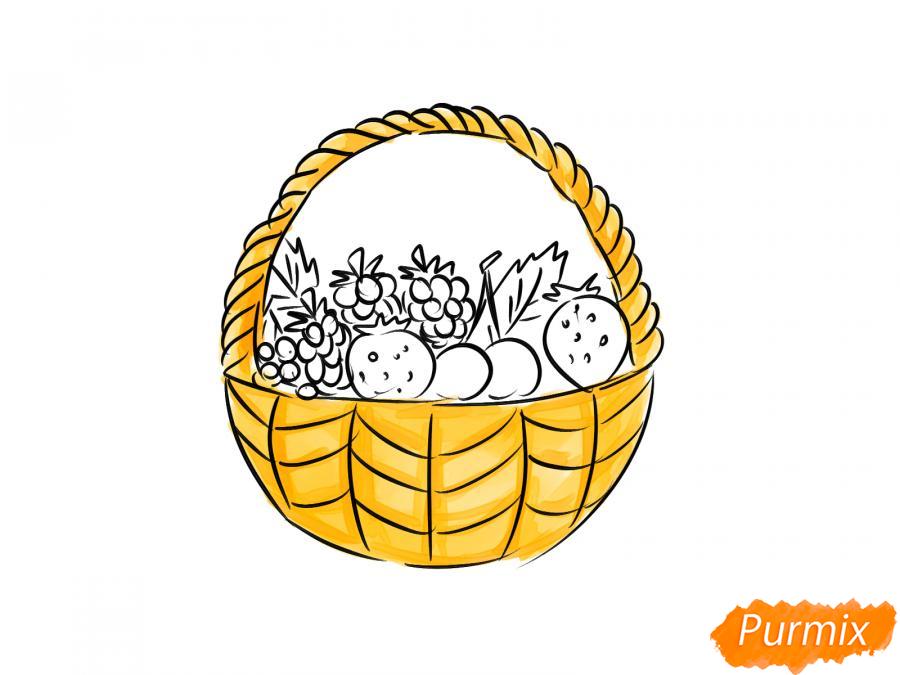 Рисуем корзину с ягодами карандашами - шаг 6