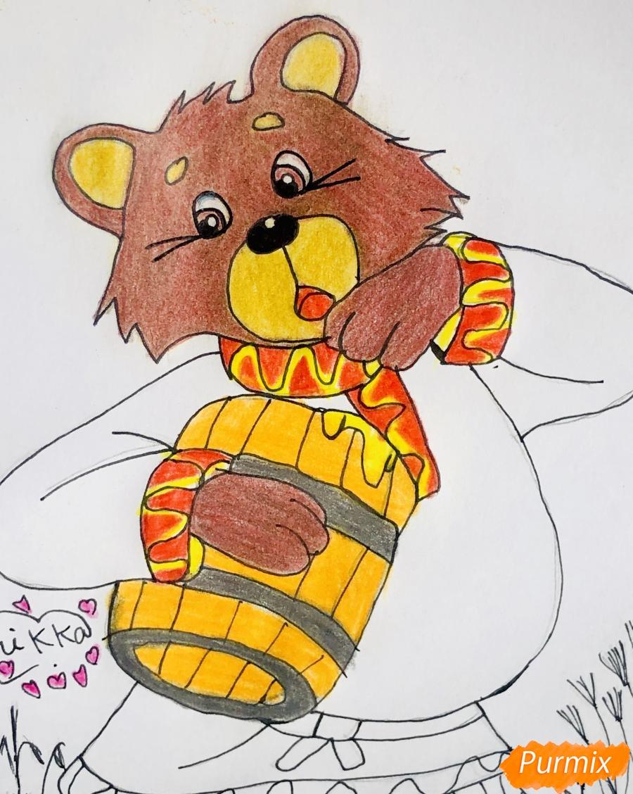 Рисуем колобка мишку и цветными карандашами - шаг 8