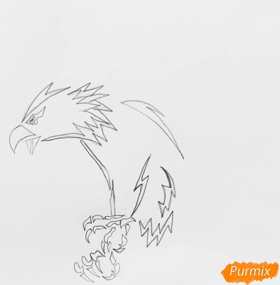 Рисуем коршуна в стиле тату - шаг 2