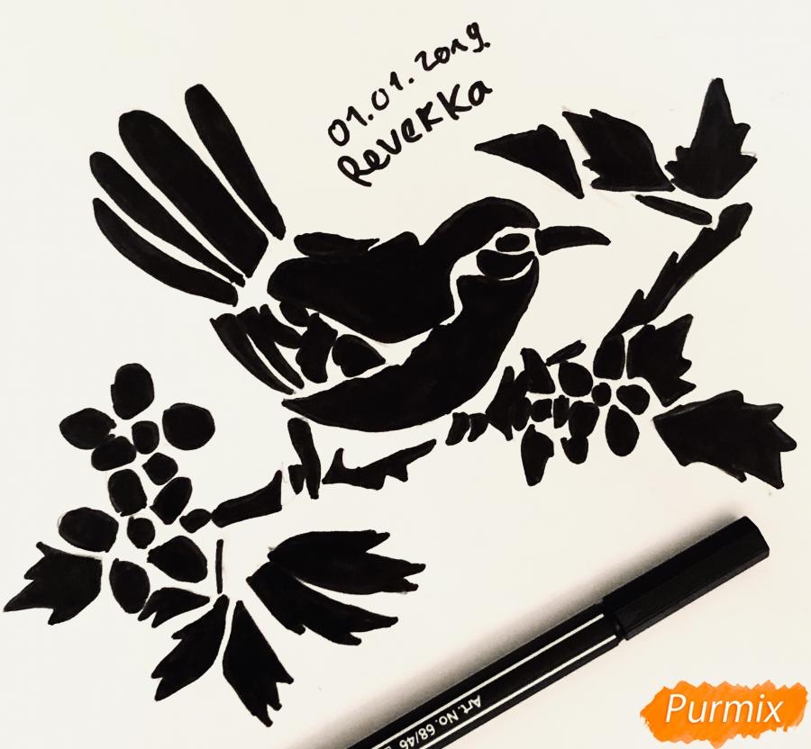 Рисуем тату синицу  и ручкой - шаг 8