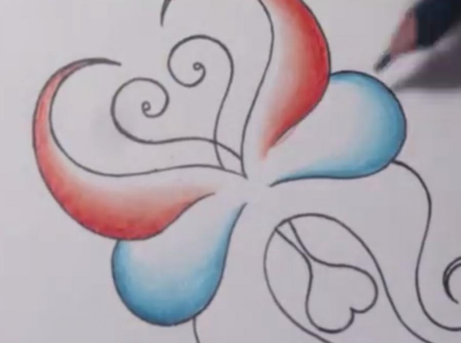 Рисуем абстрактную бабочку - шаг 4