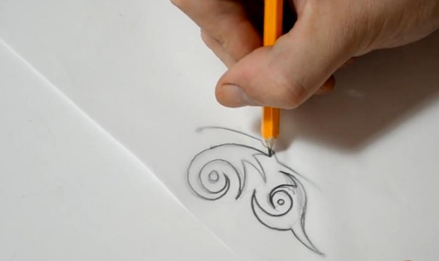 Рисуем бабочку в стиле тату - шаг 4