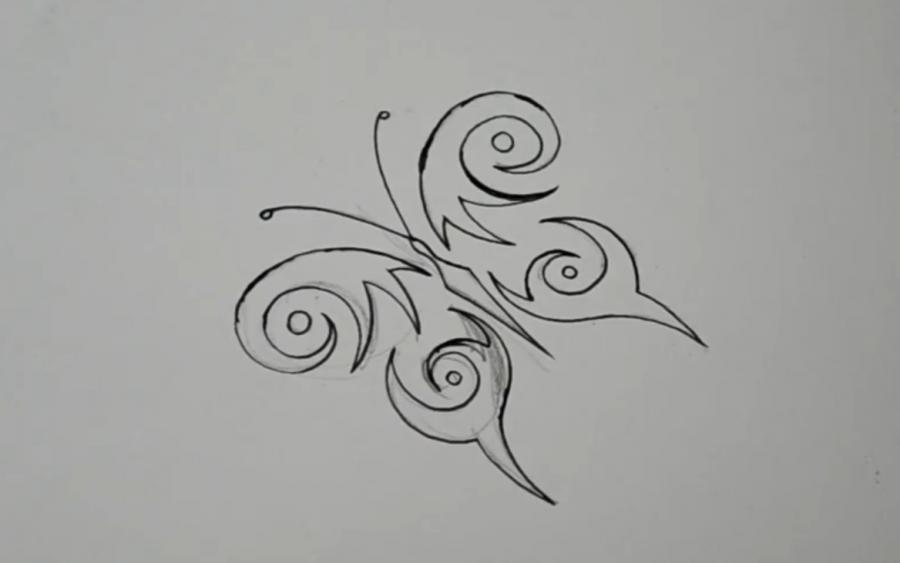 Рисуем бабочку в стиле тату - шаг 6