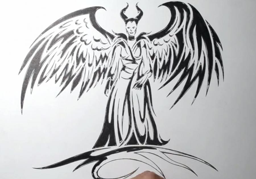 Рисуем Малефисенту в стиле тату - шаг 6