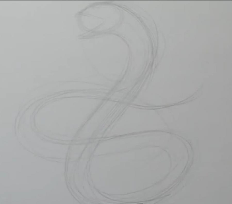 Рисуем татуировку змеи  на бумаге - шаг 1