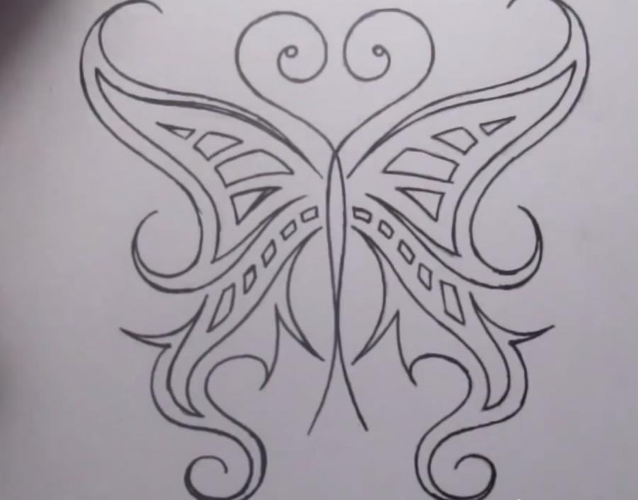 Рисуем татуировку бабочка - шаг 7