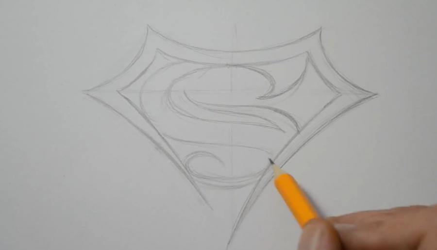 Рисуем знак супермена в стиле тату - шаг 3