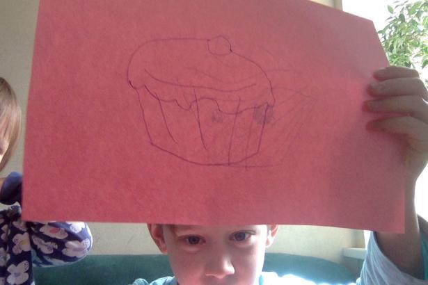 Как нарисовать кекс карандашом поэтапно
